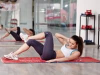 core exercises for women:Oblique crunches