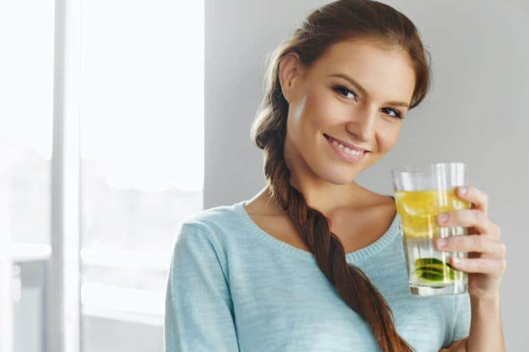 Top 10 Homemade Detox Drinks For Weight Loss