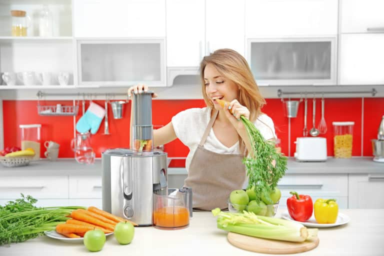 What Is a Juice Cleanse:A Quick Overlook