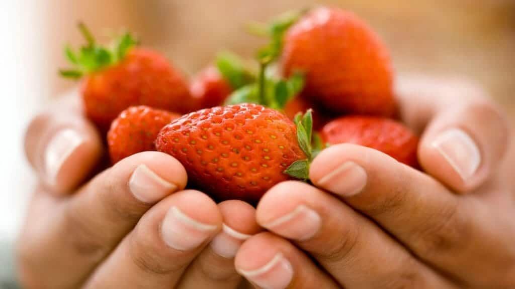 Best Foods For Hydration:Strawberries